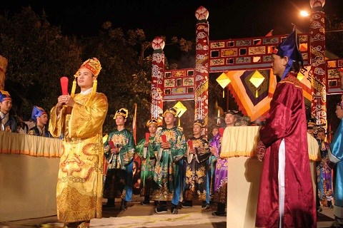 Thua Thien-Hue re-enacts ancient ceremony for peace, harvest hinh anh 1