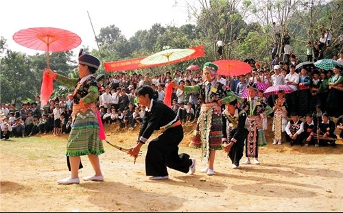Ha Giang hosts second National Mong Festival hinh anh 1