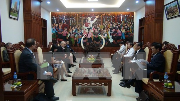 US religious freedom official goes on fact-finding tour in Vietnam hinh anh 1