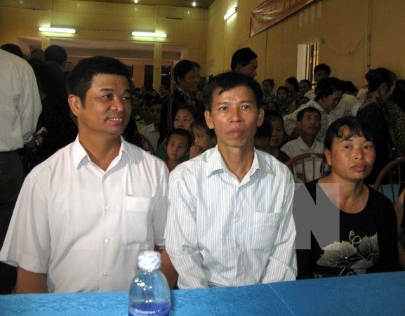 Ex-policeman, prosecutor charged with falsifying documents hinh anh 1