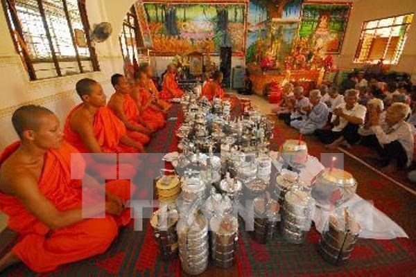 Khmer people in Bac Lieu welcome Chol Chnam Thmay festival hinh anh 1