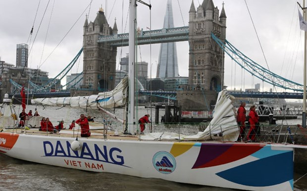 Da Nang-Vietnam yacht race team retires after accident hinh anh 1