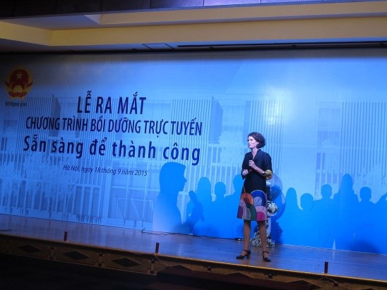 Female candidates receive training for parliament election campaigning hinh anh 1