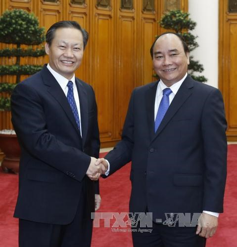 PM asks Guangxi to import more Vietnamese goods hinh anh 1