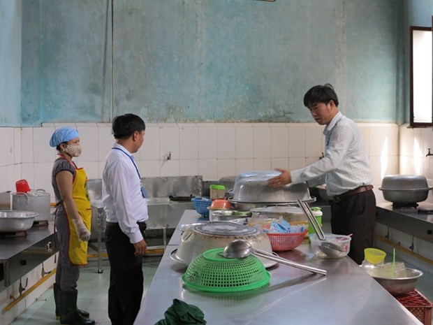 HCM City plans stronger food safety checks hinh anh 1