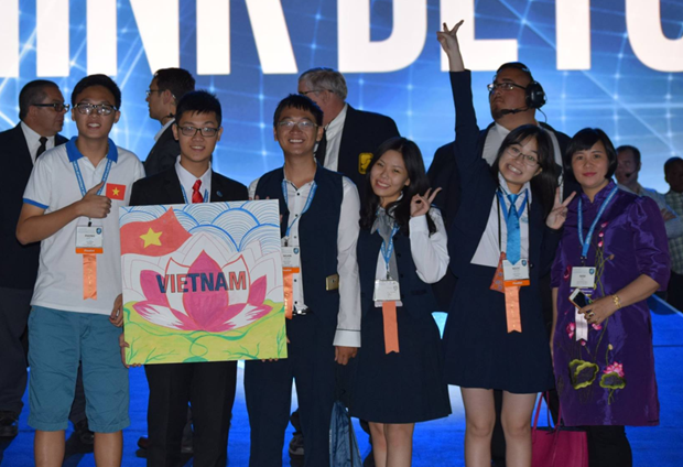 Vietnamese students shine at world's largest int'l science competition hinh anh 1