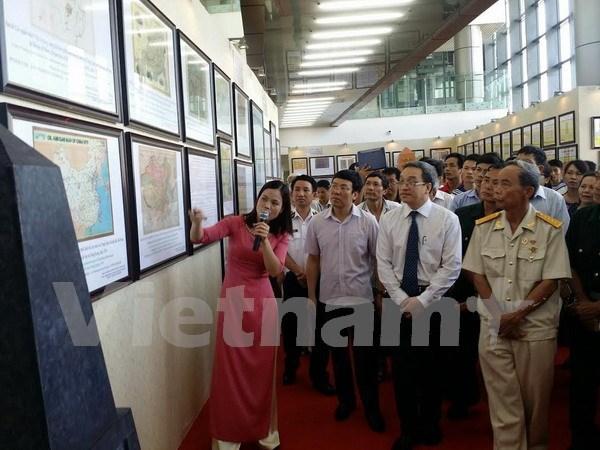 Hoang Sa – Truong Sa exhibition underway in Vinh Phuc hinh anh 1