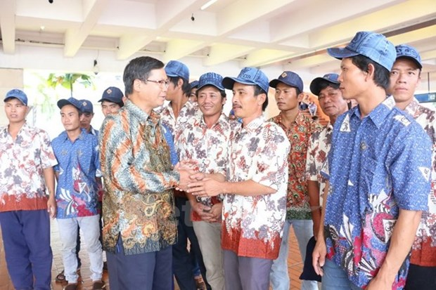 Vietnam, Indonesia look to boost fishery ties hinh anh 1