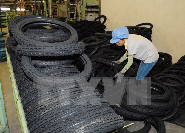 Vietnam attends tyre exposition in India hinh anh 1