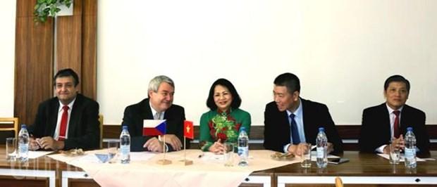 Vietnam, Czech communist parties step up relations hinh anh 1
