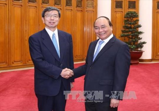 Prime Minister delighted with ties with ADB hinh anh 1