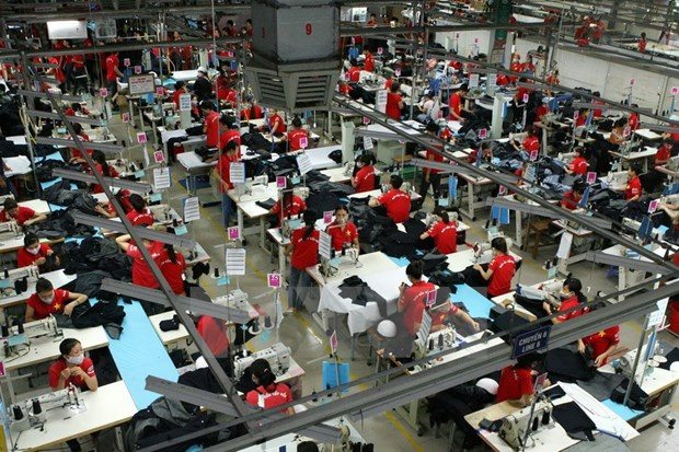 Garment exporters see drop in orders in first half hinh anh 1
