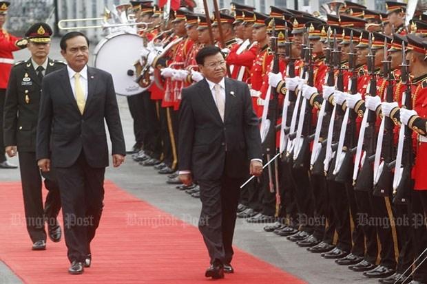 Thailand, Laos tighten bilateral ties hinh anh 1