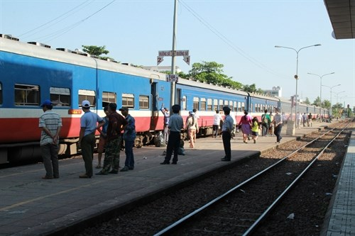 Railway industry needs reform hinh anh 1