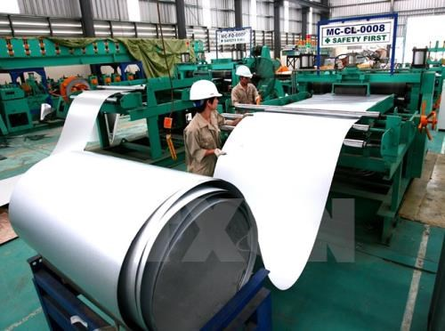 Steel corporation records stable growth in six months hinh anh 1