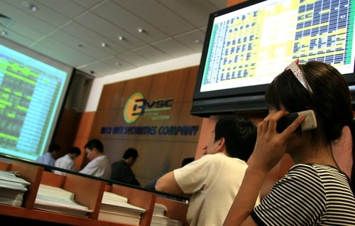Oil drags markets for second day hinh anh 1