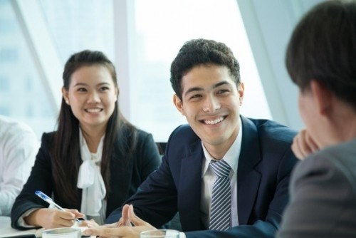Need for mid-level, senior managers rises hinh anh 1