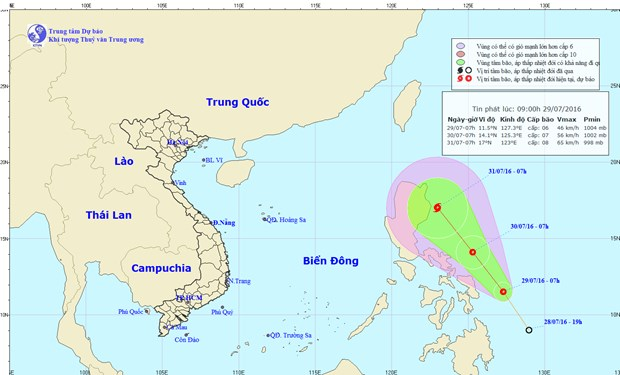 Tropical depression may grow into storm, hit East Sea hinh anh 1