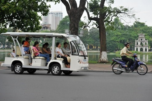 Electric vehicles to promote tourism in Quang Binh hinh anh 1