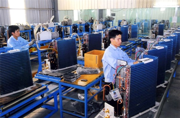 VN Index loses gains in late selling hinh anh 1