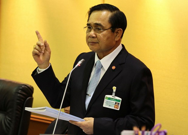 Thai PM considers staying on after general election hinh anh 1
