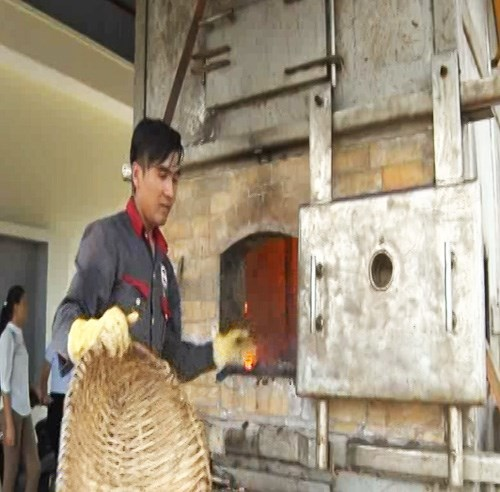 Incinerator put into use in Quang Ninh islands hinh anh 1