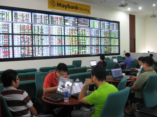 Stocks rebound on rallying oil prices hinh anh 1