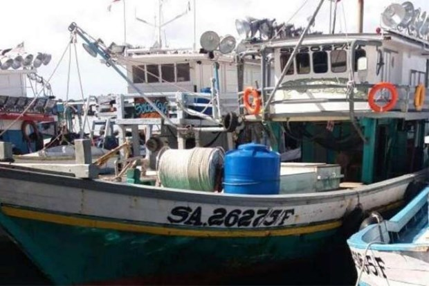 Three fishermen kidnapped off Malaysia's Sabah waters hinh anh 1