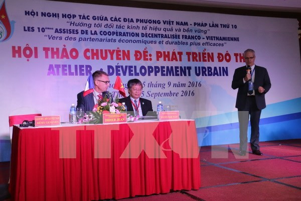 French investors invited to join over 50 projects in Vietnam hinh anh 1