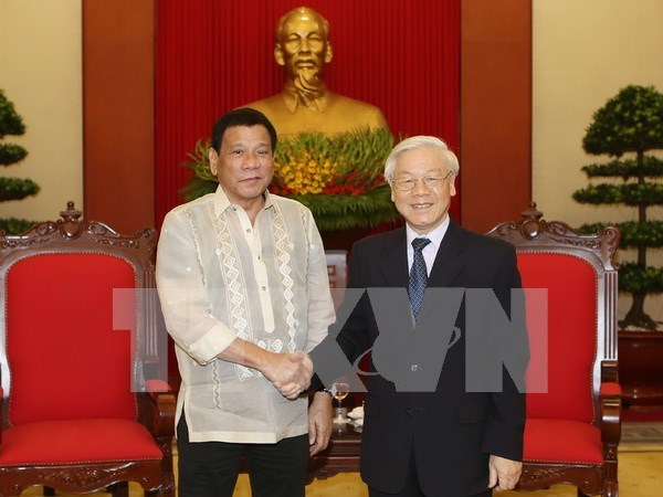 Philippines wants to step up overall cooperation with Vietnam hinh anh 1
