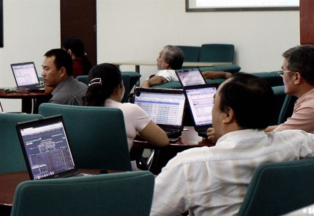 Stocks dip slightly after nine-day rally hinh anh 1