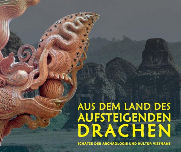Vietnamese archaeological treasures displayed in Germany hinh anh 1