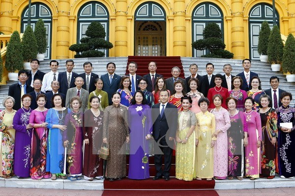 Vice President welcomes overseas Vietnamese teachers hinh anh 1