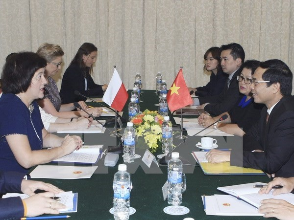 Poland supports Vietnam's stronger ties with EU hinh anh 1