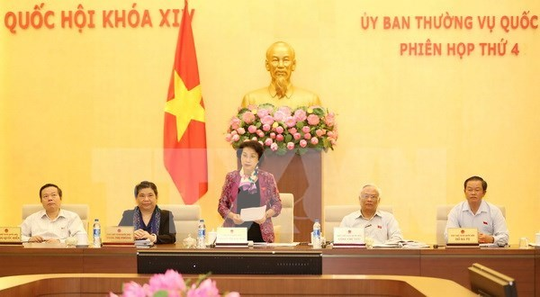 14th NA Standing Committee closes fourth meeting hinh anh 1