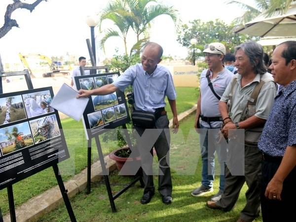 Vietnam heritage photo exhibition underway in Binh Thuan hinh anh 1