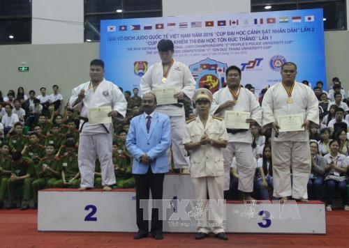 Vietnam Int'l Judo Tournament 2016 opens in Ho Chi Minh City hinh anh 1