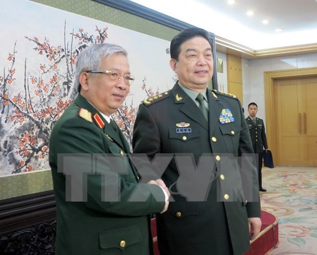 Vietnam, China beef up defence ties hinh anh 1