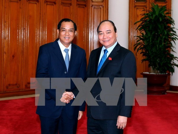 Many deals to be inked during Laos visit by Vietnam's Party leader hinh anh 1