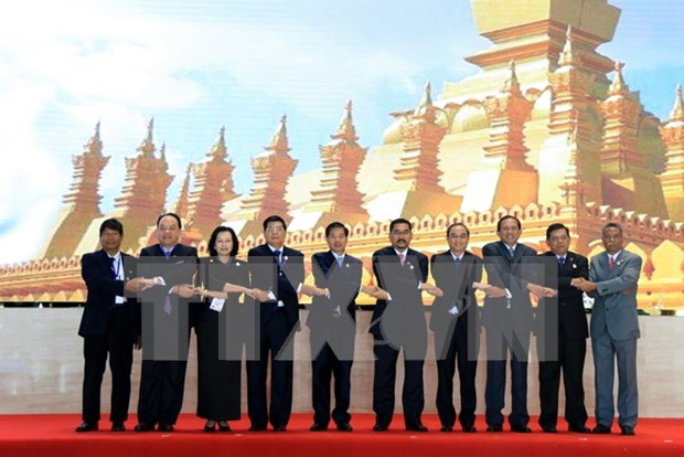 Mayors look to turn ASEAN capitals into worth-living cities hinh anh 1