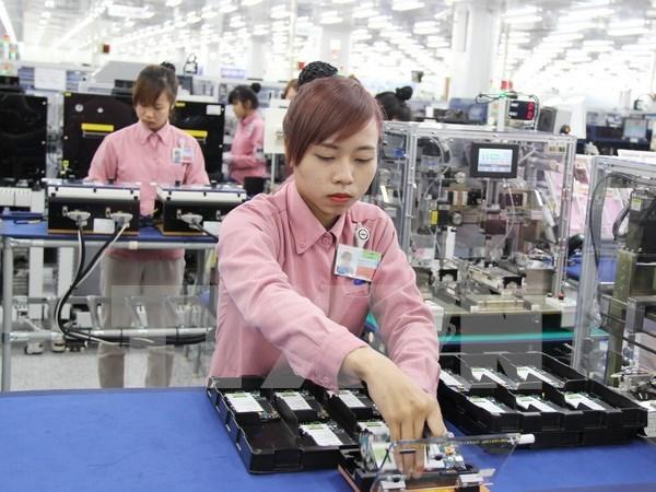 Trade surplus exceeds 3.3 billion USD in ten months hinh anh 1