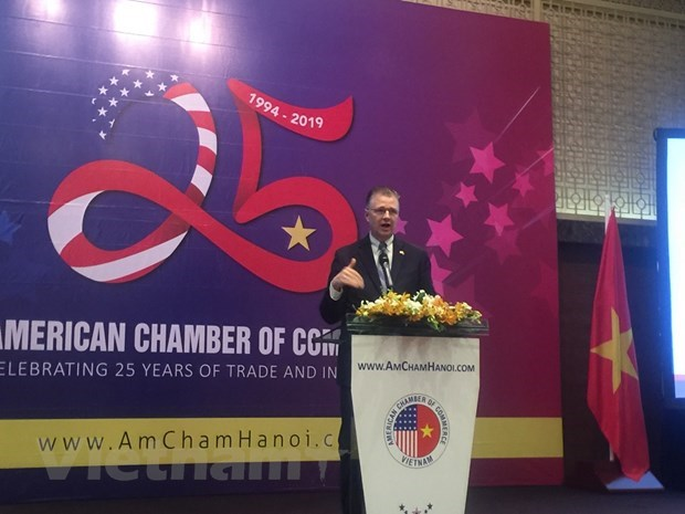 AmCham pledges to help connect US businesses with Vietnam hinh anh 1