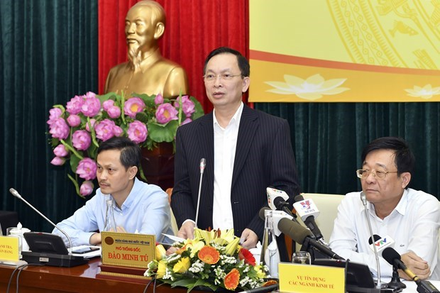 SBV issues circular to support borrowers affected by COVID-19 hinh anh 2