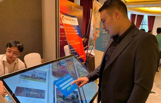 Digital transformation helps revive tourism industry hinh anh 1