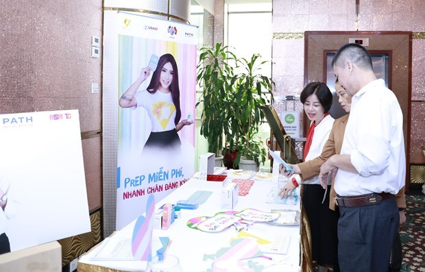 Vietnam on right track to eliminate AIDS in 2030 hinh anh 1