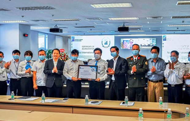 Noi Bai Airport earns global recognition in COVID-19 prevention hinh anh 1