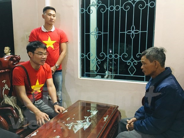 Vietnamese students in China support flood-hit victims in central region hinh anh 4