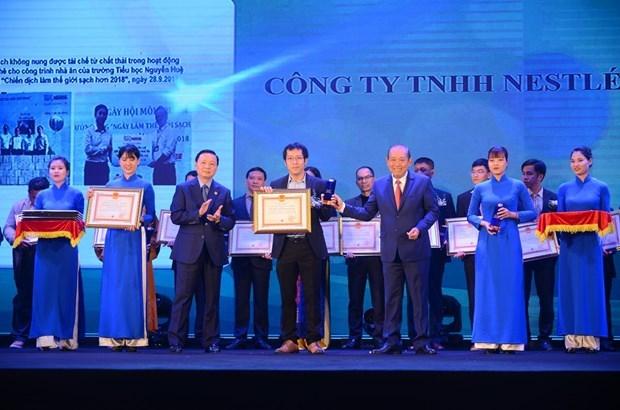 Nestle Vietnam honoured with Vietnam Environment Awards hinh anh 1