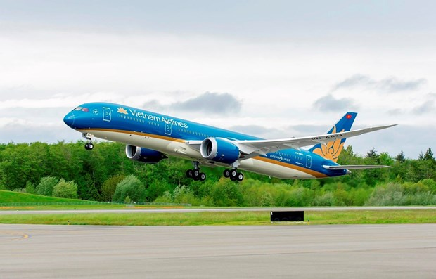 Vietnam Airlines vows best services possible during 13th National Party Congress hinh anh 1