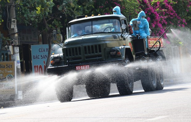 COVID-19 tally tops 20,000, authorities told to boost coordination, decentralisation hinh anh 3